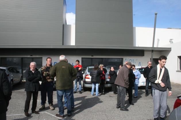 "Bastia : ""Non à la morgue"". La bataille des riverains du Polygone continue"
