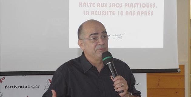 """Serge Orru : """"Malgré l'exemple corse, les sacs plastiques traînent toujours dans le reste de le France"""""""
