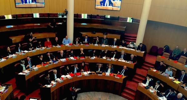 Assemblée de Corse : Les transports maritimes maritime et la collectivité unique au menu