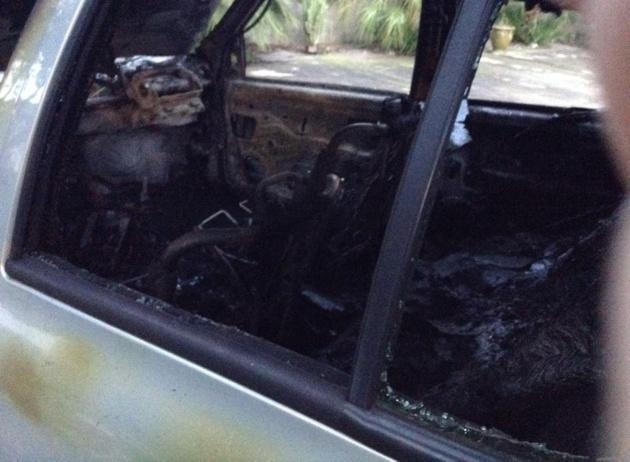 Ville-di-Pietrabugno : La voiture de la responsable de SosquatrepattesdeuxB brûlée avec son chat à l'intérieur !