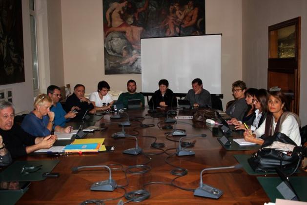 Au conseil municipal de Calvi : Une permanence mensuelle avec Marcel Rufo au Pôle Enfance