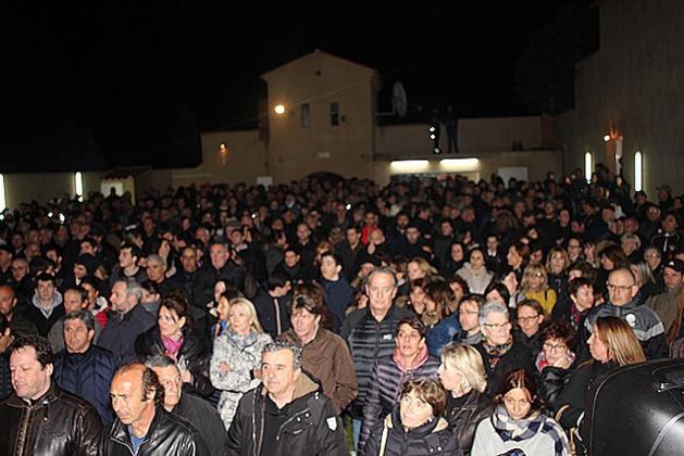 Plus d'un millier de personnes à l'Ile-Rousse pour soutenir Jean-Louis Emmanuelli
