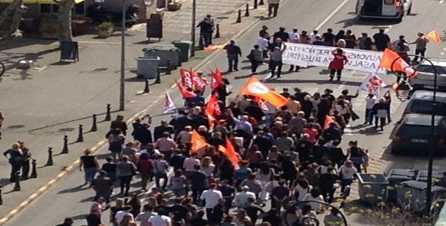 """Manifestation de l'intersyndicale hospitalière à Ajaccio : """"Votre hôpital se meurt"""""""