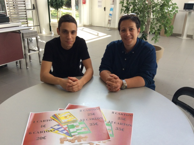 Théo Perrone, étudiant qui a mené la récolte de fonds et Anne Marie Orticoni, Vice-Présidente d'INSEME