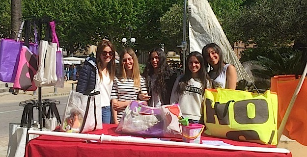 Collège de L'Ile-Rousse : Les élèves créent une gamme de sacs en matière recyclée