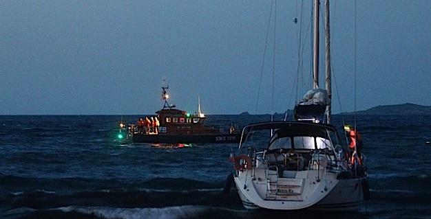 Un voilier sans occupants s'échoue sur la plage de Calvi