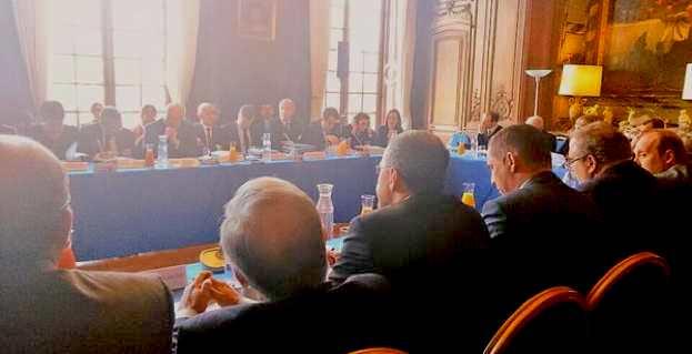Le groupe de travail « langue et culture corses » en réunion au ministère de l'Education nationale