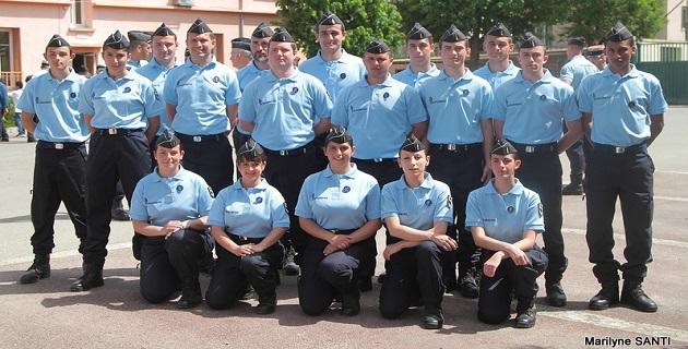 Ajaccio :  Remise d'insignes pour 18 jeunes réservistes à la caserne Battesti