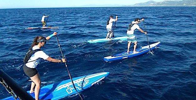 Exploit pour 12 équipes qui rallient Fréjus à Calvi en paddle en moins de 40 heures !