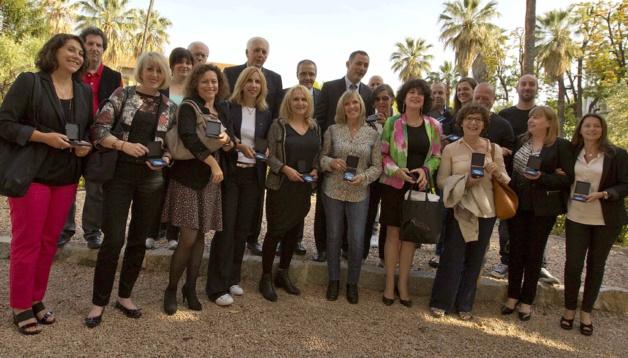 Gilles Simeoni, président  du conseil exécutif de  Corse, Jean-Guy Talamoni, président  de  l'Assemblée de Corse et Saveriu Luciani, conseiller exécutif, en charge de la langue corse, ont procédé il y a quelques jours à la remise du certificatu