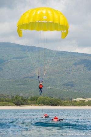 BA 126 Ventiseri-Solenzara : Entraînements à l'amerrissage pour les escadrons de chasse d'Orange et de Cazaux