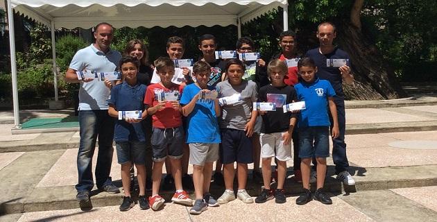 """""""Carton Bleu"""" pour le respect des valeurs du sport : 59 jeunes footballeurs corses à l'Euro 2016"""