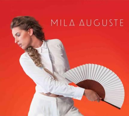 """Mila Auguste en concert lors du festival """"Les quartiers numériques"""" à Ajaccio"""