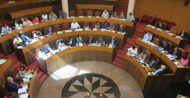 Collectivité unique : L'Assemblée de Corse oscille entre espoir et inquiétude