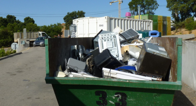Du nouveau à la recyclerie du Stiletto : Sécurité, pèse-essieu et vidéosurveillance