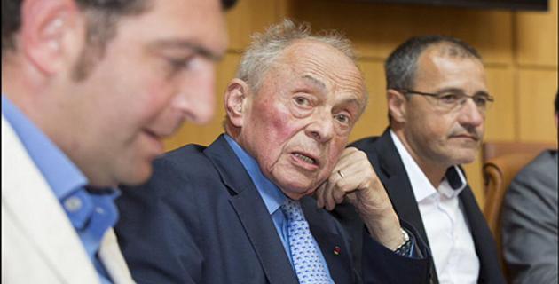 Michel Rocard à l'assemblée de Corse entre Jean-Charles Orsucci et Jean-Guy Talamoni : c'était en Juin 2015