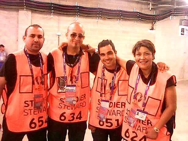 Alain De Peretti (2e à partir de la droite)