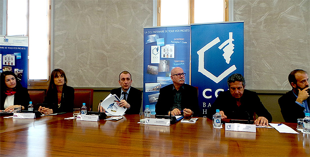 Jean Dominici entre Jean-Christophe Angelini (à gauche) président de l'Adec et Philippe Albertini, directeur de la CCI2B : Une image que l'on devrait voir souvent dès le mois d'Octobre