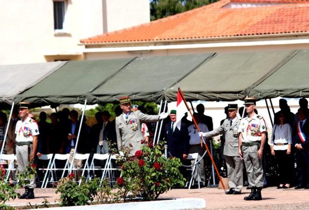 """Passation de commandement à Calvi : Le colonel Jean de Monicault nouveau """"patron"""" du 2e Rep"""