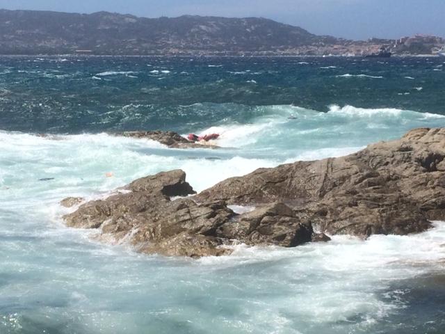 Un voilier s'échoue à Lumio : Deux plaisanciers italiens récupérés en mer par les pompiers du poste de secours