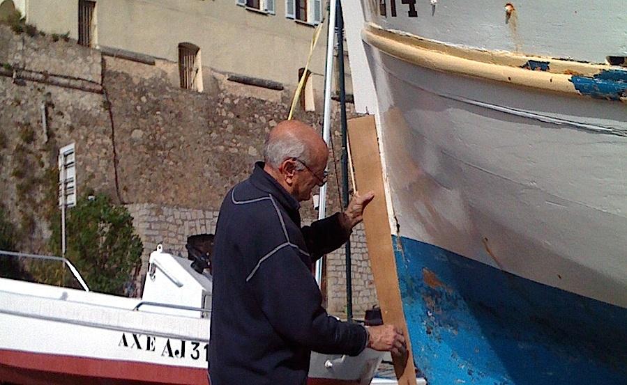 De nombreuses barques du port Tino-Rossi portent sa griffe : Pierre-Jacques Nobili, la passion du bois accrochée au cœur