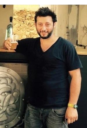 Pierre-François Maestracci, soutien du festival, producteur de la bière Ribella.