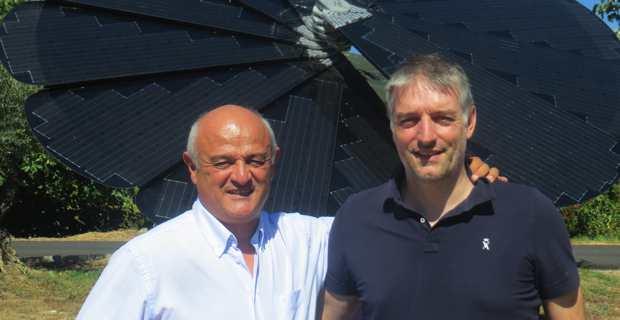 Jean-Nicolas Antoniotti, ex-président et co-fondateur de Femu Qui, et son successeur, Sébastien Simoni, fondateur de WMaker & GoodBarber et de CampusPlex & RobotiCamp.