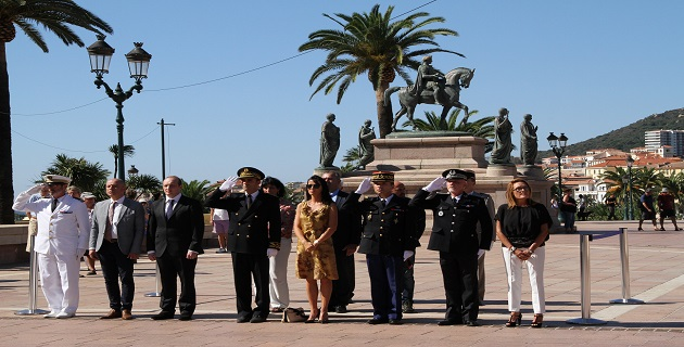 Ajaccio rend hommage aux Harkis et François Hollande leur apporte la reconnaissance tant attendue