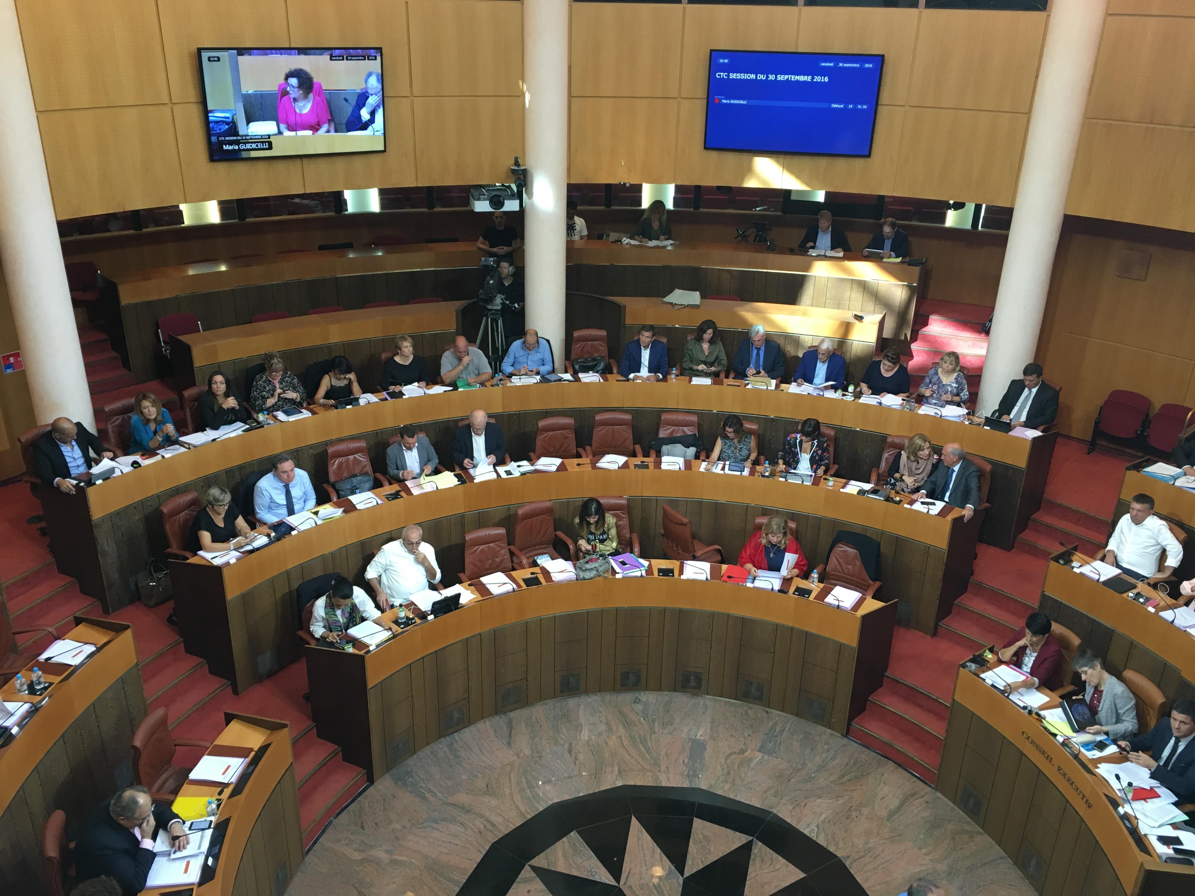 Transports, gaz naturel et PADDUC en questions à l'Assemblée