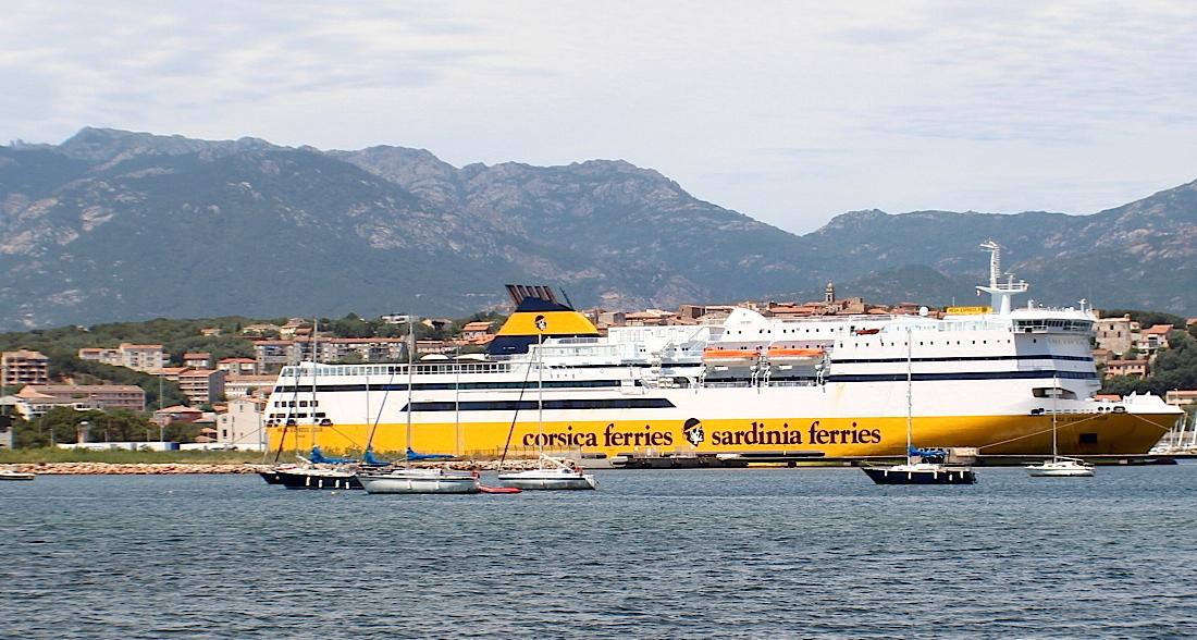 """Certification des """"Mega"""" : Corsica Ferries veut des """"clarifications"""""""
