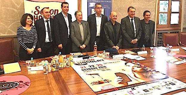 Paul Pierinelli entouré des représentants du département de la Haute-Corse, de l'ADEC, de la CCI, de la CAB et de la Corsica Linea