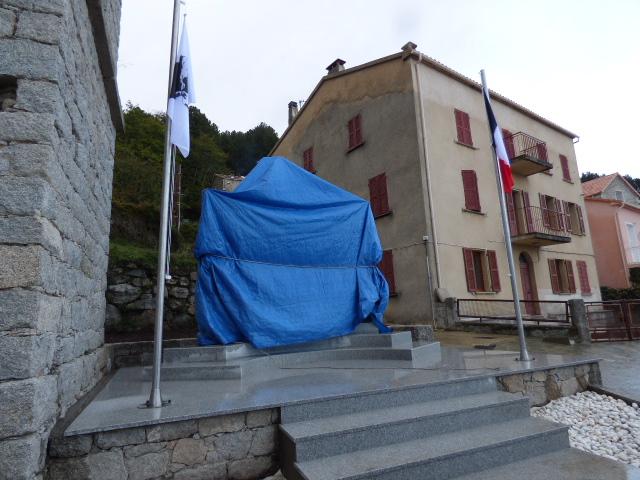 Le nouveau monument aux morts sera inauguré samedi 12 novembre par le Maire du village en présence des autorités civiles et militaires.