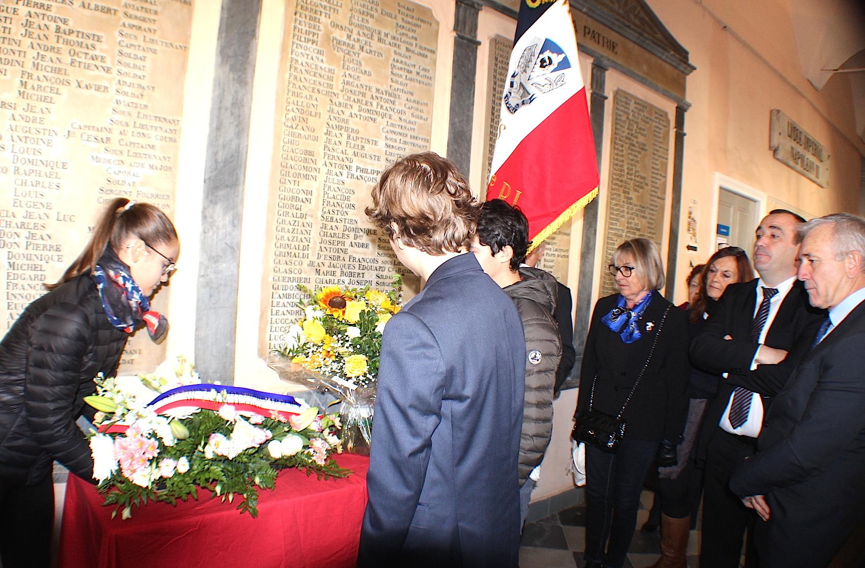 Bastia : Les élèves du Vieux-Lycée honorent leurs anciens