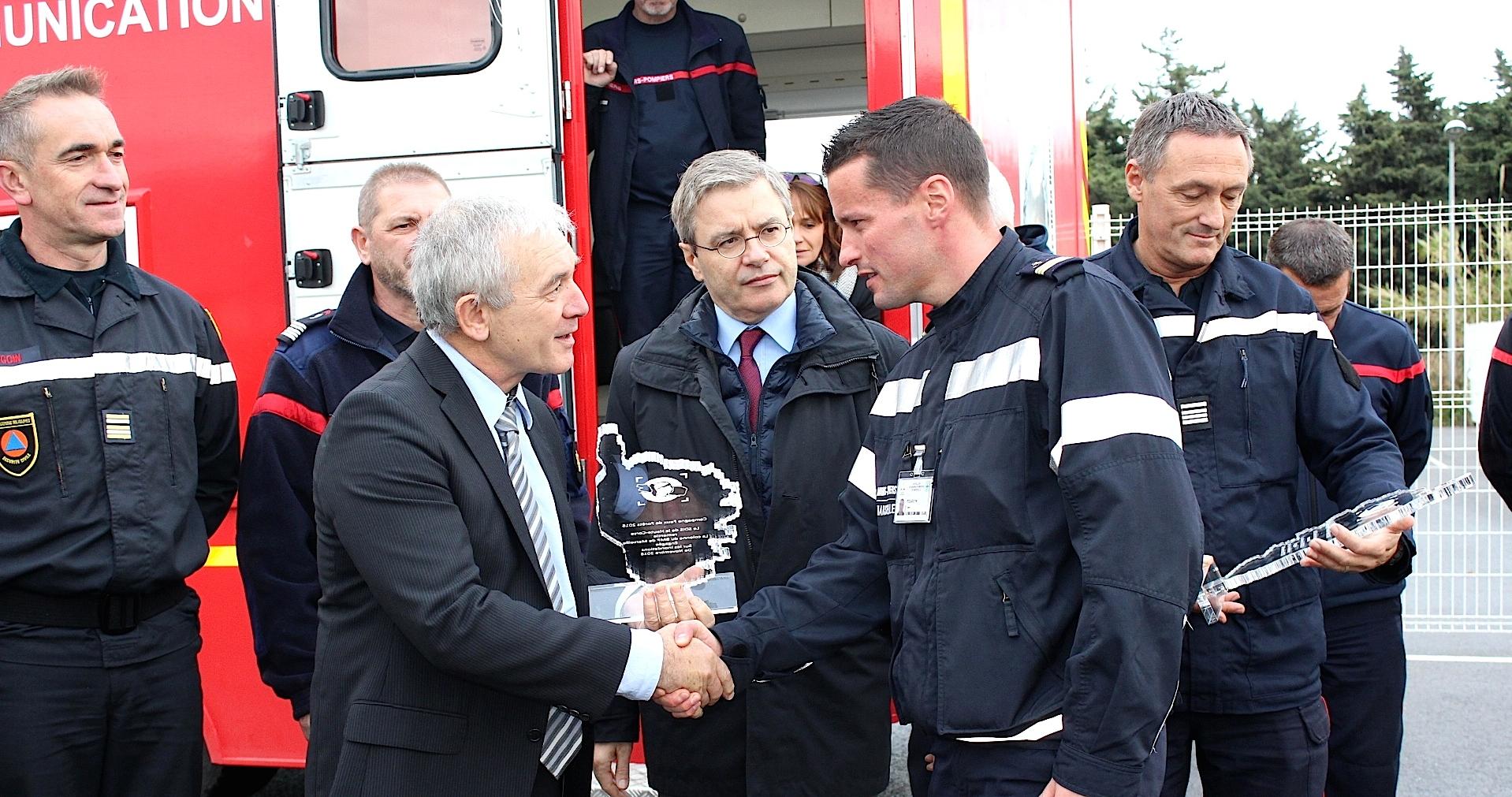 Un hommage rendu aux unités de renfort venues soutenir le département face aux inondations