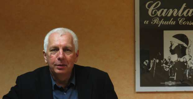 Saveriu Luciani, Conseiller exécutif en charge de la langue corse.