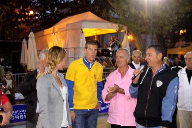 Guy Emmanuelli (chemise rose) avec Dylan Rocher