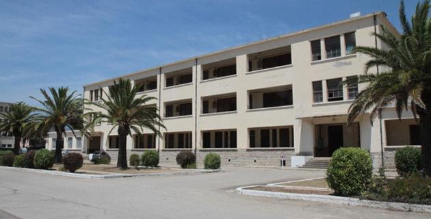 Le bâtiment amené à être détruit sur la base d'Aspretto