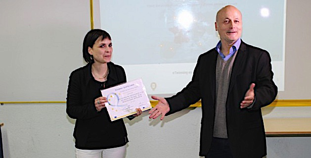 """Le label de qualité européen """"e Twinning"""" à Daria Stebe, professeur d'Espagnol au Collège de Calvi"""