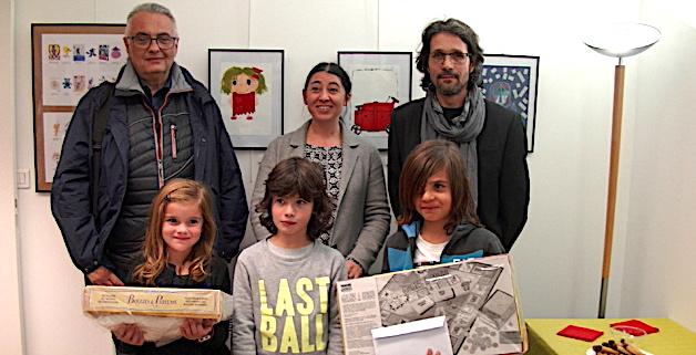 Les 3 lauréats récompensés par Dominique Rossi, directeur de la Ligue de l'enseignement, Céline Bastelica, coordinatrice et Alain Carrière médiateur