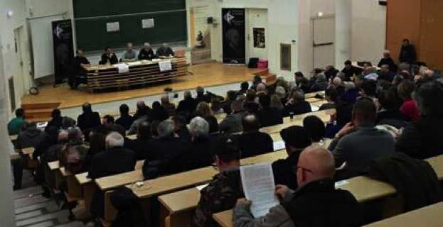 Près de 200 militants ont assistés à la Cunsulta.