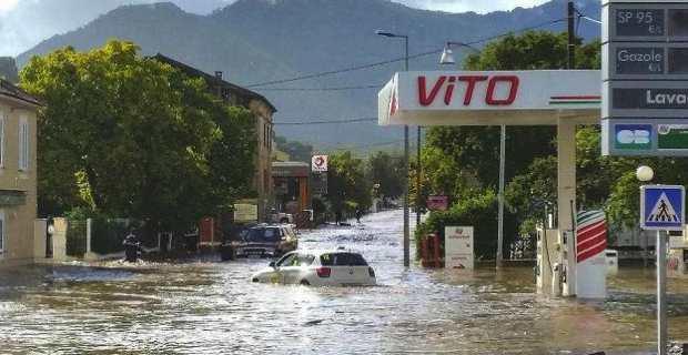 Le centre de Ponte-Leccia, lors des inondations d'octobre 2015.