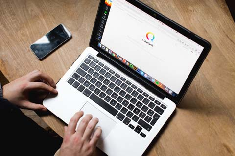 Qwant, le moteur de recherche qui veut créer de l'emploi en Corse