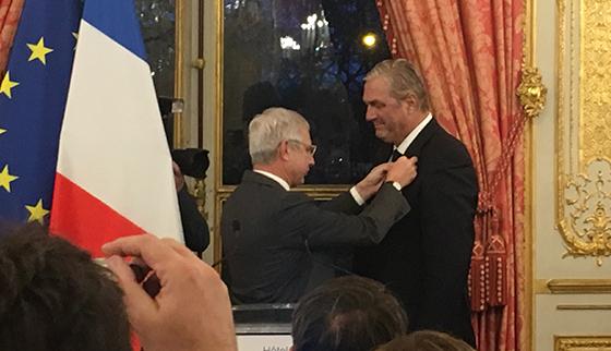 L'ancien ministre François Sauvadet décoré de la Légion d'honneur en présence de ses amis de Balagne