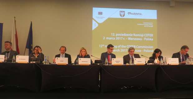 Natasha Meli Daudey, à la reunion du Comité des régions à Varsovie, lors de l'allocution de Nanette Maupertuis, représentante de la Corse.
