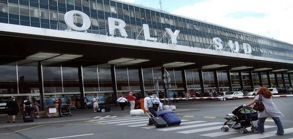 Attaque de Paris : Les passagers Corses bloqués à l'aéroport