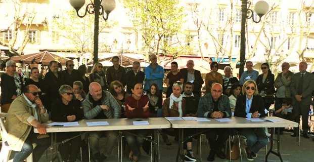 La LDH section corse et une cinquantaine de personnalités en soutien à André Pacou et sa famille.