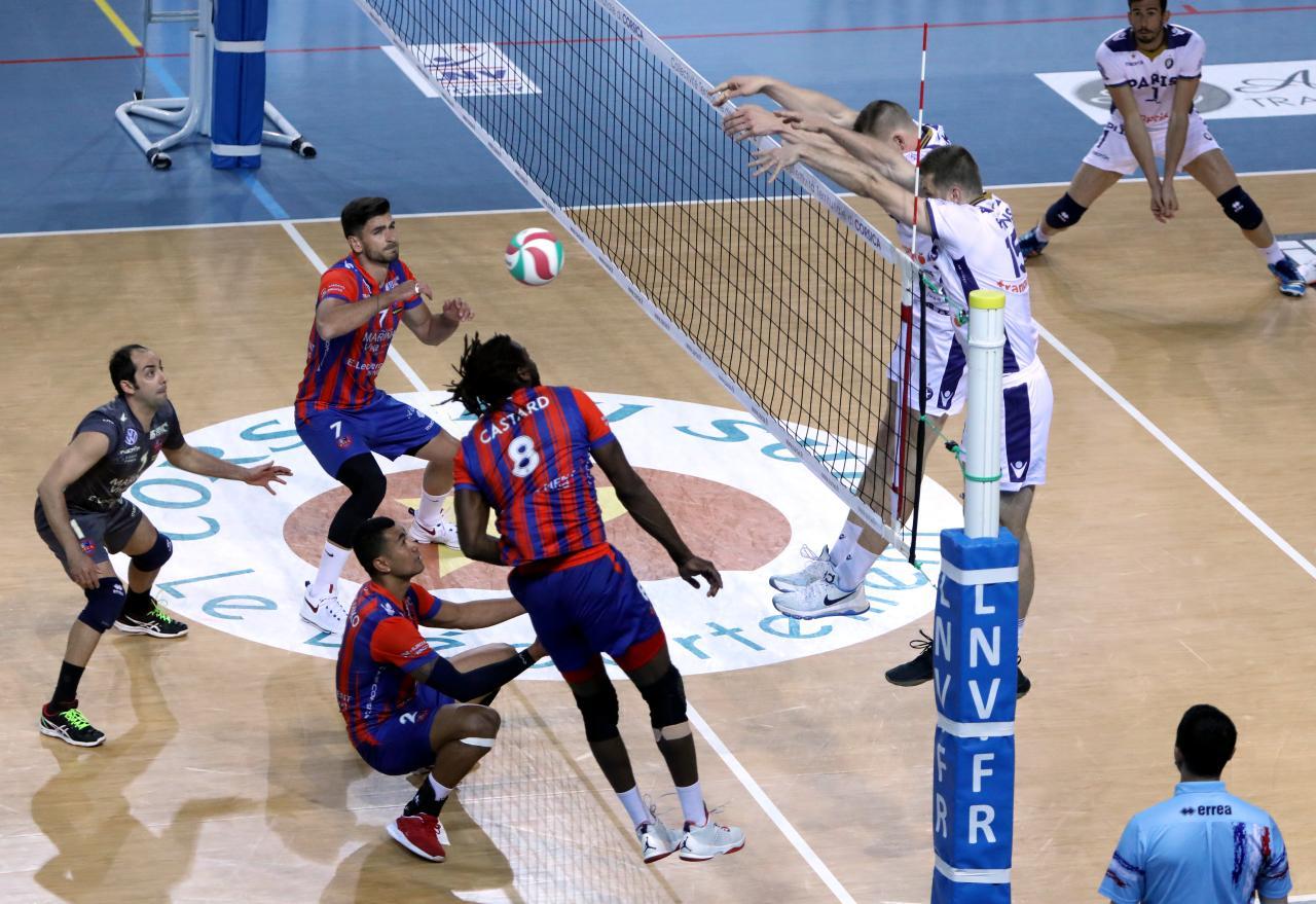 Volley : Le GFCA terrasse Paris et s'offre une demie (3-2)