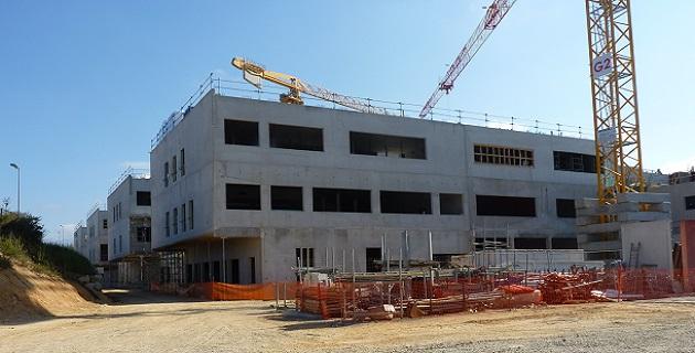 Visite du collège 800 du Stiletto : La CTC et la mairie en visite sur le chantier