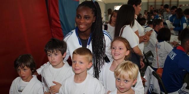 Priscilla Gneto lors d'un récent passage à Calvi avec l'équipe de France