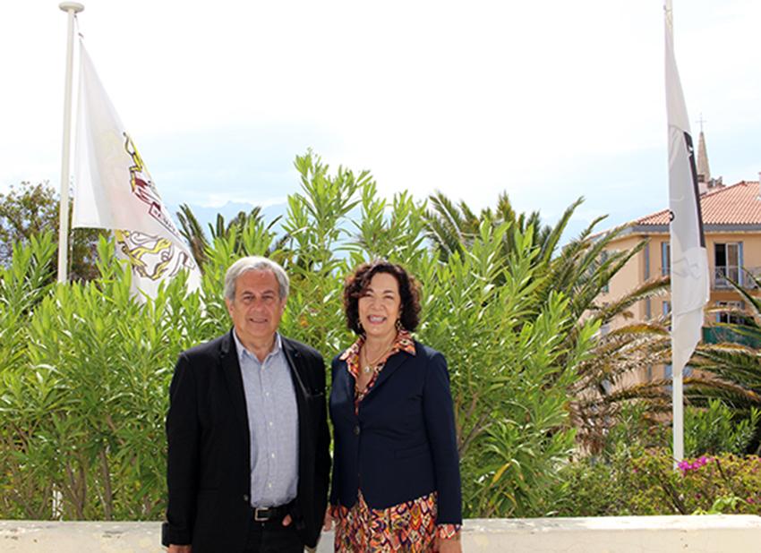 Monique Quesada, consul général des Etats-Unis d'Amérique reçue par le maire de Calvi